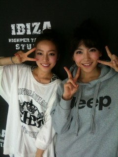 ハラとジヨン.jpg